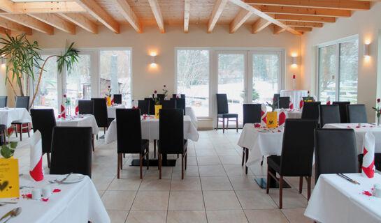 HOTEL & RESTAURANT WEISSER SCHWAN Zossen